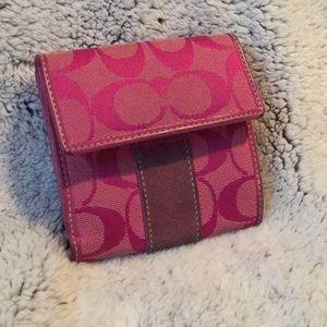 Rare fuchsia COACH signature C small wallet